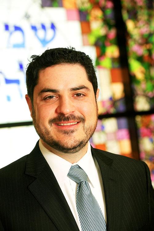 Photo of Rabbi Noah Farkas
