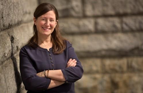 Rabbi Lauren Holtzblatt headshot
