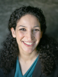 Rabbi Ronit Tsadok headshot