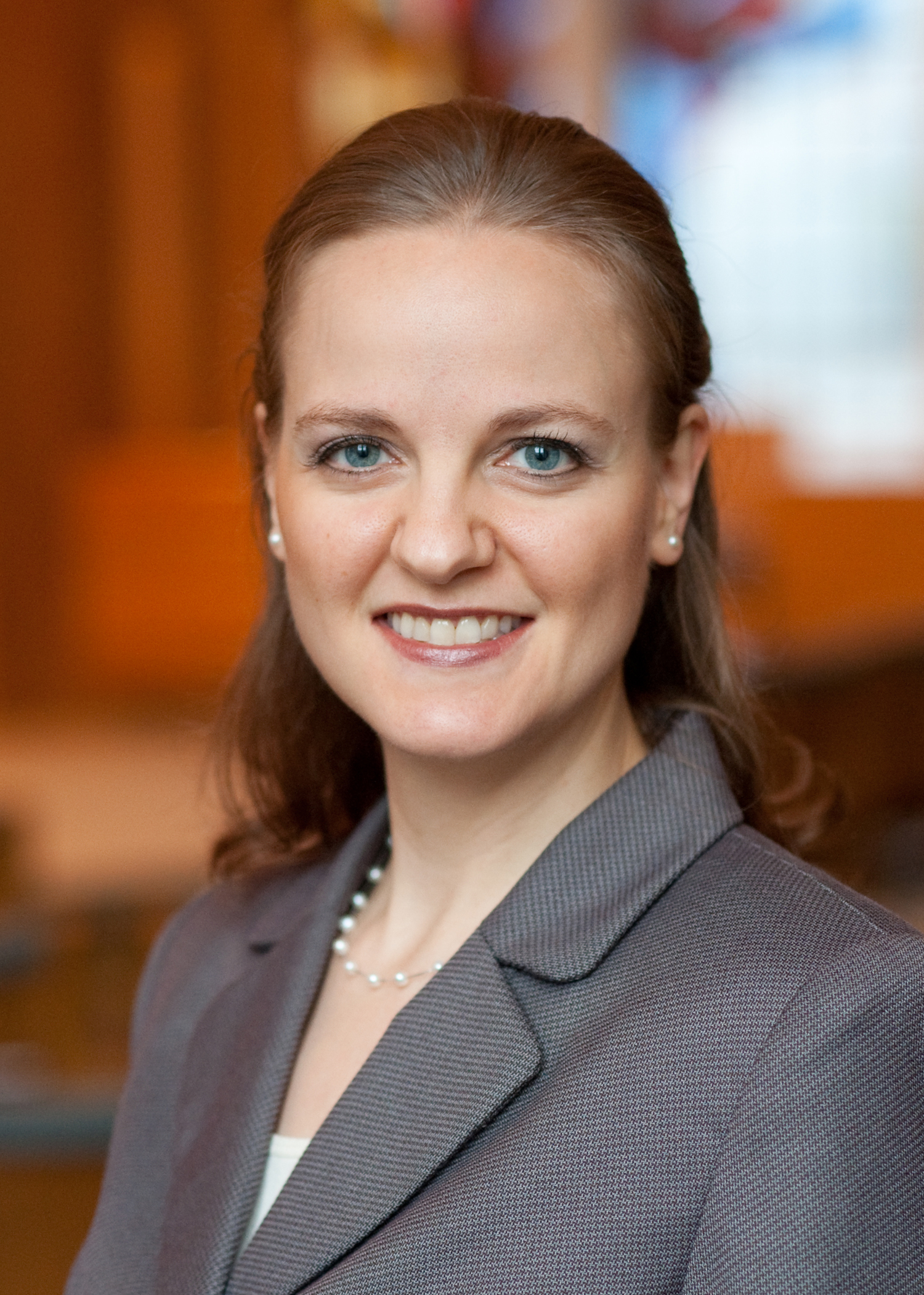 Rabbi Jennifer Schlosberg headshot