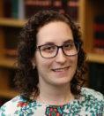 Phoebe Ana Rabinowitsch headshot.